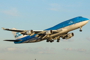 Boeing 747-406M (PH-BFV)