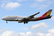 Boeing 747-48E (HL7423)