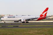 Boeing 767-338/ER (VH-OGG)