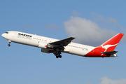 Boeing 767-338/ER (VH-OGK)