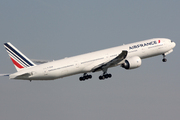 Boeing 777-328/ER (F-GSQF)