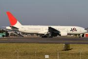 Boeing 777-246/ER (JA704J)