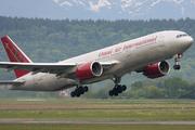 Boeing 777-222/ER (N918AX)