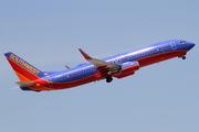 Boeing 737-8H4/WL (N8608N)