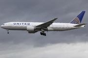 Boeing 777-222 (N780UA)