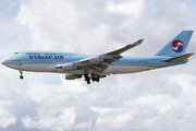Boeing 747-4B5 (HL7404)