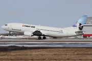 Boeing 737-406  (C-FFNF)