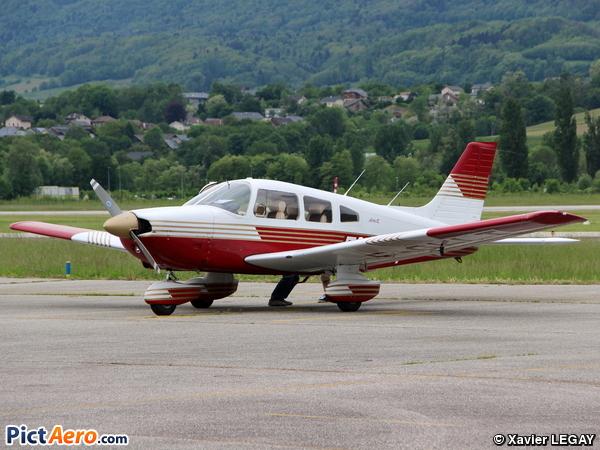 Piper PA-28-181 Archer II (Aéroclub de Savoie)