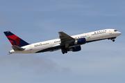 Boeing 757-251 (N530US)