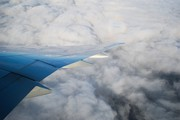Boeing 777-323ER (N725AN)