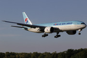 Boeing 777-FB5 (HL8226)