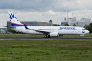 Boeing 737-8EH/SFP/WL (D-ASXL)