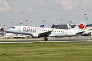 Embraer ERJ-175SU (C-FEJF)