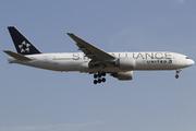 Boeing 777-224/ER (N77022)