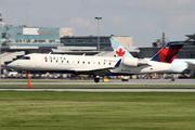 Canadair CL-600-2B19 Regional Jet CRJ-200LR