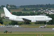 Boeing 737-3H9