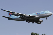Boeing 747-4B5 (HL7460)