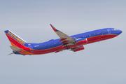 Boeing 737-8H4/WL (N8622A)