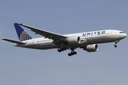 Boeing 777-224/ER (N69020)