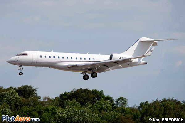 Bombardier BD-700-1A10 Global Express (TAG Aviation )