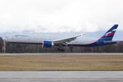 Boeing 777-3M0/ER (VP-BGD)