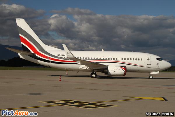 Boeing 737-529 (Private)