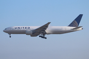 Boeing 777-222 (N769UA)