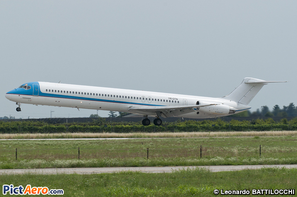 McDonnell Douglas MD-82 (DC-9-82) (TEN AIRWAYS)