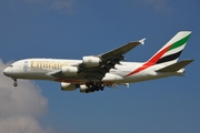 Airbus A380-861 (A6-EED)