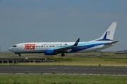 Boeing 737-8Q8 (D4-CBX)