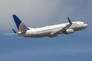 Boeing 737-824/WL (N76526)