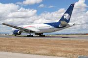 Boeing 777-2Q8/ER (N774AM)