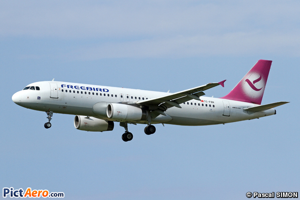 Airbus A320-232 (Free Bird Airlines)