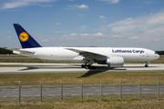 Boeing 777-FBT (D-ALFD)