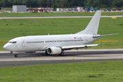 Boeing 737-322 (YU-AOU)