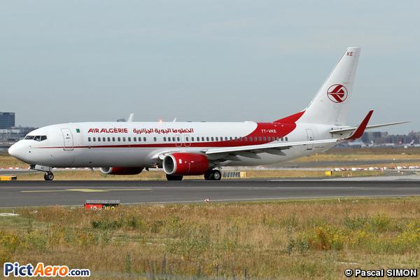 Boeing 737-8D6/WL (Air Algérie)