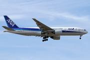 Boeing 777-281/ER (JA717A)
