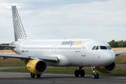 Airbus A320-214 (EC-LVB)