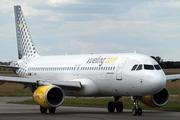Airbus A320-214 (EC-LRN)