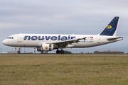 Airbus A320-214 (TS-INA)