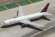 Boeing 767-332 (N128DL)