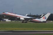 Boeing 767-323/ER (N361AA)