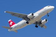 Airbus A320-214 (HB-JLP)