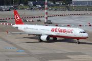 Airbus A321-211 (TC-ATB)