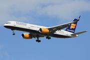 Boeing 757-208 (TF-FIO)