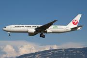 Boeing 777-246/ER (JA707J)