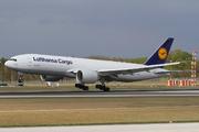 Boeing 777-FBT (D-ALFA)