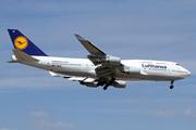Boeing 747-430 (D-ABVL)