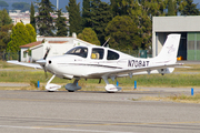 Cirrus SR-20 (N708AT)