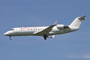 Bombardier CRJ-200ER (EC-HEK)